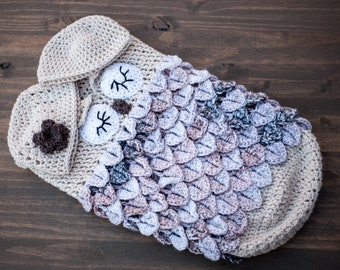 Baby Cocoon and hat set