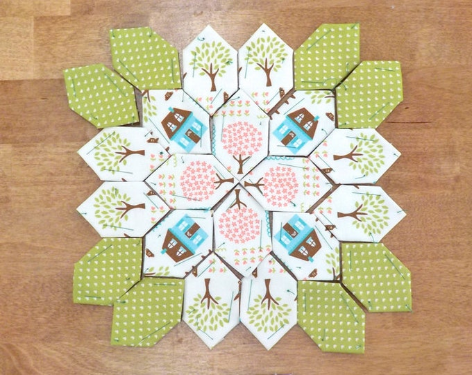 Lucy Boston Patchwork of the Crosses summer cottage block kit #53