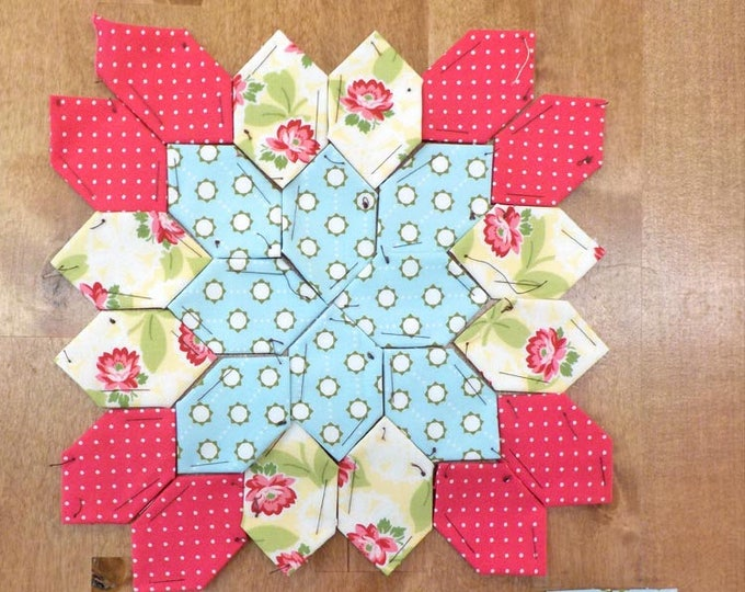 Lucy Boston Patchwork of the Crosses summer cottage block kit #33