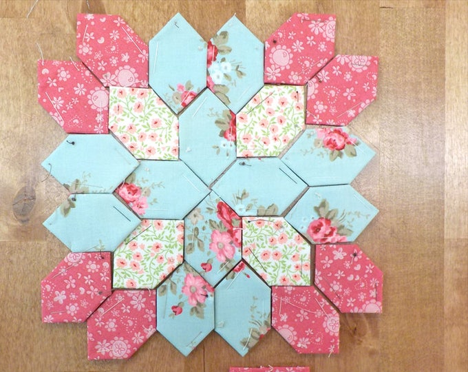 Lucy Boston Patchwork of the Crosses summer cottage block kit #35