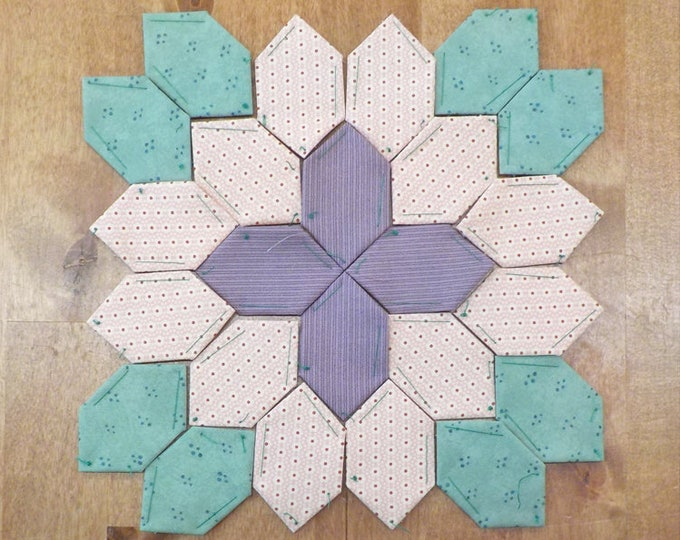 Lucy Boston Patchwork of the Crosses summer cottage block kit #41