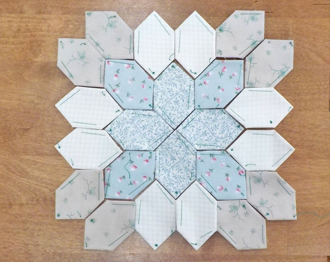 Lucy Boston Patchwork of the Crosses summer cottage block kit #42