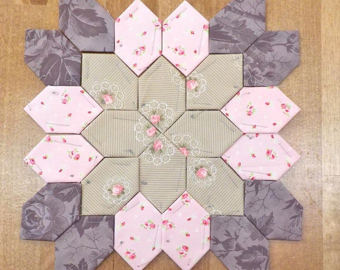 Lucy Boston Patchwork of the Crosses summer cottage block kit #27