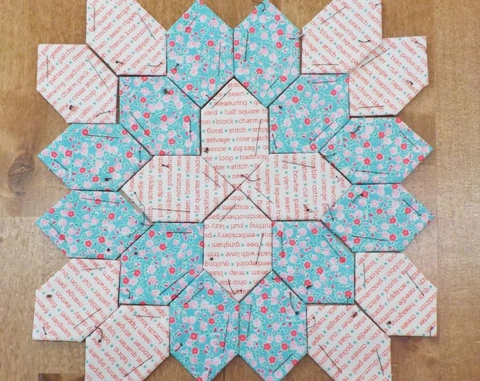 Lucy Boston Patchwork of the Crosses summer cottage block kit #31