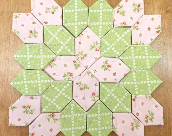 Lucy Boston Patchwork of the Crosses summer cottage block kit #28