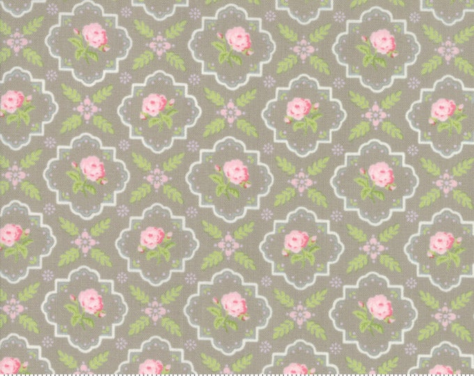 Finnegan 18682-16 Pebble by Brenda Riddle Designs for Moda Fabrics