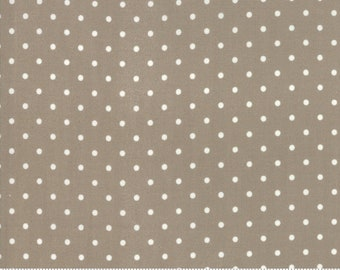 Rue 1800 44228-14 Cobblestone dot by 3 Sisters for Moda Fabrics