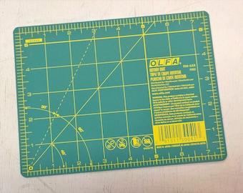 Olfa mini mat...5 1/2 x 7 1/2 inches...travel mat, EPP mat, small mat