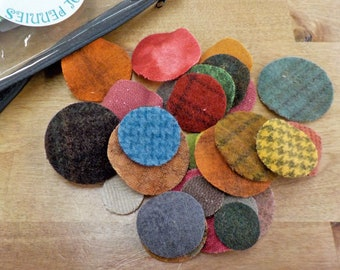 In the Patch...wool pennies...1 inch, 1 1/2 inch, 2 inch...72 total laser cut pennies...blended pack