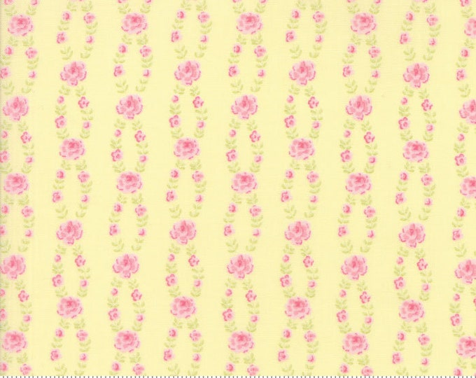 Fleurs Buttercup 18634 14 by Brenda Riddle for moda fabrics
