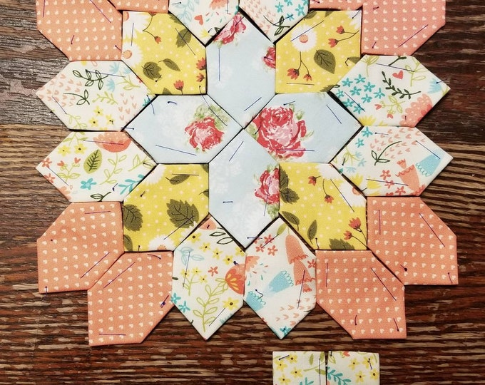 Lucy Boston Patchwork of the Crosses summer cottage block kit #51
