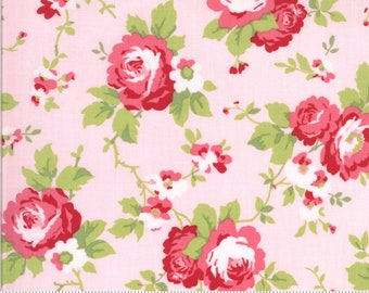 Sophie Main Floral Blossom 18710 14 by Brenda Riddle for Moda Fabrics