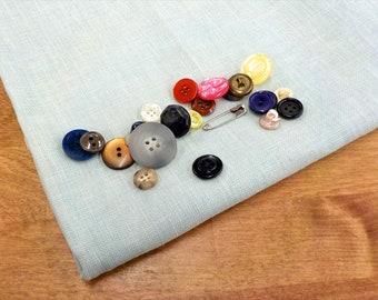 R & R Reproductions, Sea Fog, 36ct, Fat Quarter, 100% linen, cross stitch linen