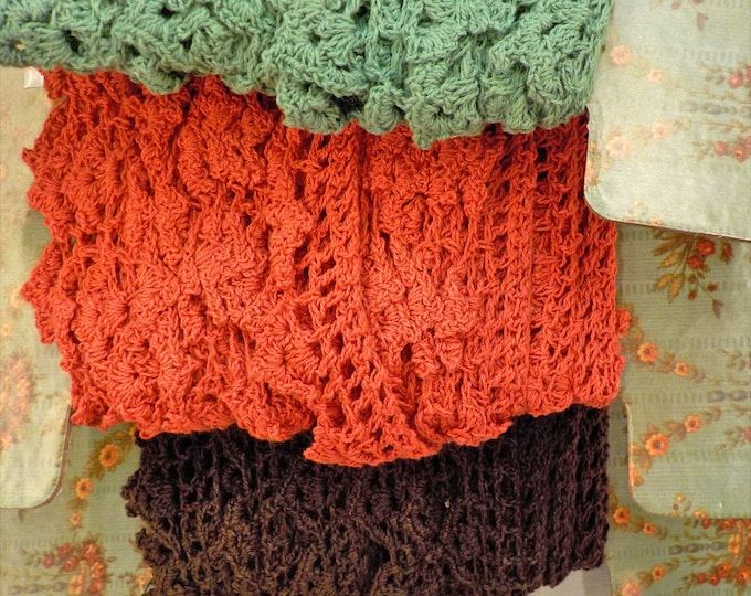 Nell's Flower Shop, crochet scallop trim in buff, rhubarb, teal, night...moda fabrics
