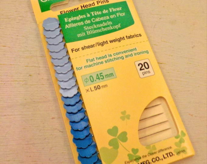 Clover Flower Head Pins 20ct card, blue, .45mm x 50mm