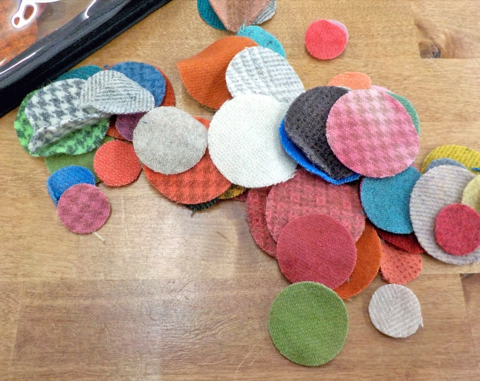 In the Patch...wool pennies...1 inch, 1 1/2 inch, 2 inch...72 total laser cut pennies...light/bright pack