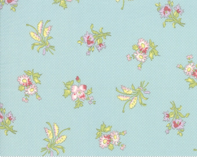 Bramble Cottage 18691-13 Mist by Brenda Riddle Designs for Moda Fabrics