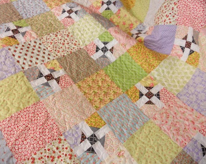 Freshly quilt kit pattern designed by Mickey Zimmer for Sweetwater Cotton Shoppe