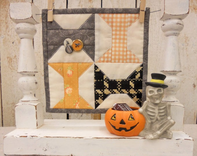 Spooky Spools complete kit...pattern designed by Mickey Zimmer for Sweetwater Cotton Shoppe