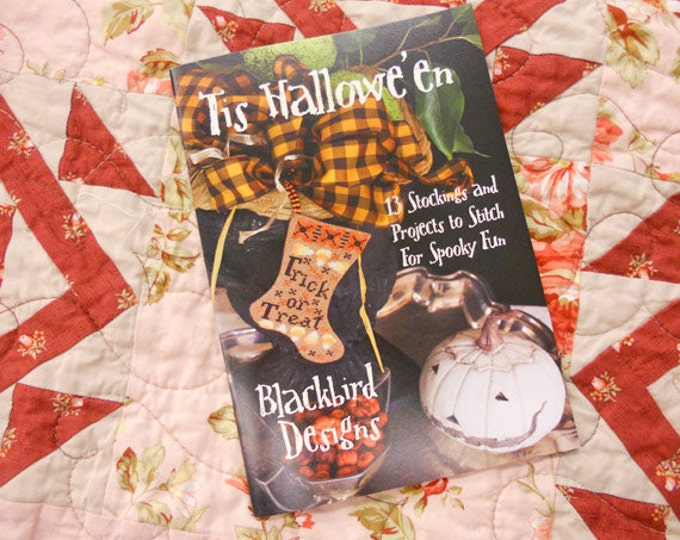 Tis Hallowe'en by Blackbird Designs