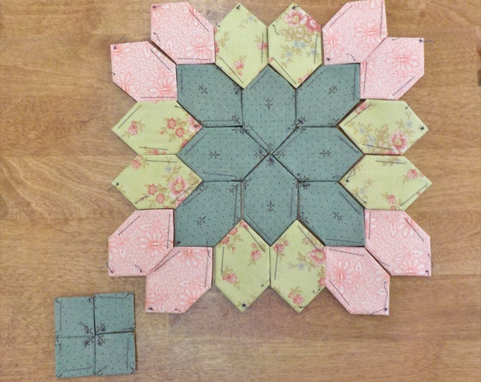 Lucy Boston Patchwork of the Crosses summer cottage block kit #43