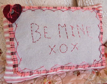 Be Mine XOX pillow complete kit...pattern designed by Mickey Zimmer for Sweetwater Cotton Shoppe