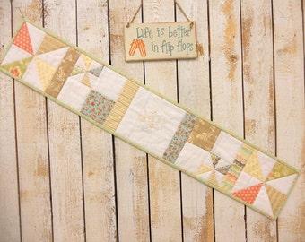 Lemonade Row x Row pattern by Mickey Zimmer for Sweetwater Cotton Shoppe (RxR 2014 pattern)
