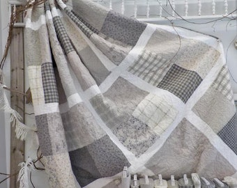 PDF Beachy in Grey quilt pattern...designed by Mickey Zimmer for Sweetwater Cotton Shoppe
