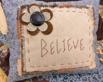 PDF Believe pillow pattern...pattern designed by Mickey Zimmer for Sweetwater Cotton Shoppe