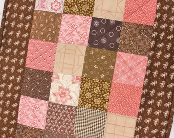 PDF Berry Mocha pattern...pattern designed by Mickey Zimmer for Sweetwater Cotton Shoppe