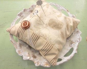 Milk & Cream pincushion kit...pattern by sweetwater cotton shoppe