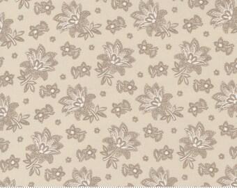 Cranberries & Cream Sugar 44264 24 by 3 Sisters for Moda Fabrics
