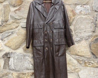 f52c03899d8 Men s vintage 1970s long brown leather double breasted coat Bergdorf  Goodman Blade Runner fantastic lapels and pockets urban chic size 38