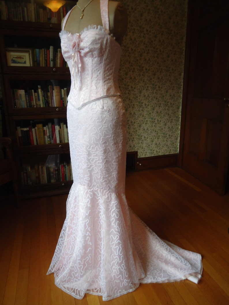 f1667e4e3b Corset bustier gown pink satin white floral vintage tulle lace