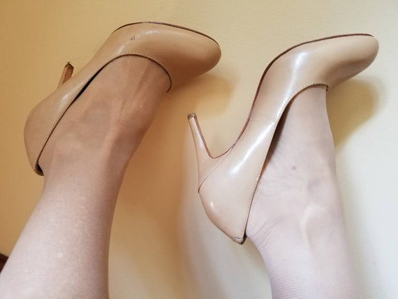 a87ad56500949 Sexy nude leather shoes stiletto high heels naked skin tone pumps office  formal bridal prom costume genuine leather padded insoles size 7