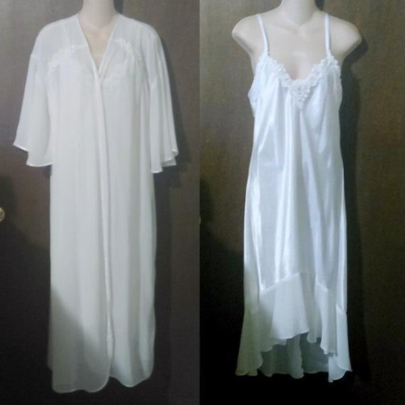 Intimo Amore White Peignoir Nightgown & Robe Bridal Elegant Size Med