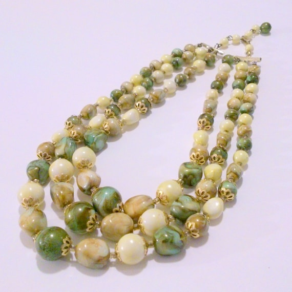 Vintage Green Cream Lucite Multi Strand Beaded Necklace Signed Hong Kong
