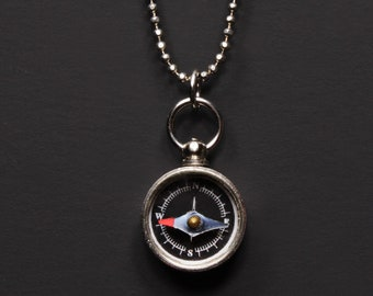 Mini Kompass - kleine Silber-Kompass-Anhänger Halskette - funktionale Spielzeug Kompass - Silber Kette arbeiten Kompass Schmuck Herren Halskette