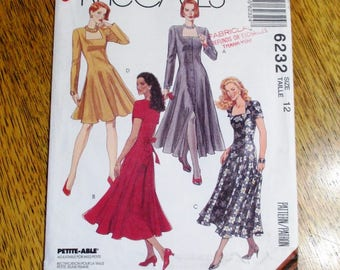 "BOHO 1990's Fit and Flare Princess Seam Dress w/ Square Neckline - Size 12 (Bust 34"") - UNCUT Vintage Sewing Pattern McCalls 6232"
