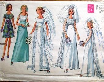 "ROMANTIC 1970s Empire WEDDING Gown / Bridal Dress w/ Detachable Lace Train - Size 14 (Bust 36"") - VINTAGE Sewing Pattern Simplicity 8737"