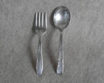 Vintage Baby Fork Spoon: Wm Rogers & Son IS baby fork; Rogers 1881 baby spoon Oneida Ltd