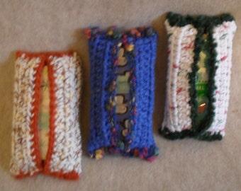 Crochet Tissue Cover Holder: Blue travel tissue or cream+ purse tissue holder (choose 1)