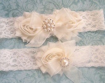 Garter, Wedding Garter Set- Vintage Bridal Garter-  Toss Garter included  Ivory  or white  Garter Set
