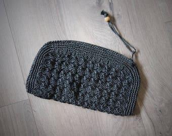 1970s Black Straw Clutch Wristlet Purse Top Zip Made In Japan Summer Bag