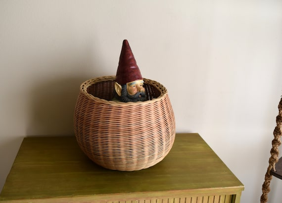 Large Vintage Light Multi-Colored Woven Rattan Wicker Basket Planter ~ Bohemiam,  Eclectic,  Natural, Earth Inspired, Folk