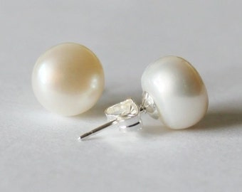 bb274652c Large 9-10mm AA ivory real pearl stud earrings, Big pearl earrings, Gold pearl  earring studs, Bridesmaids stud earrings, Real pearl earrings