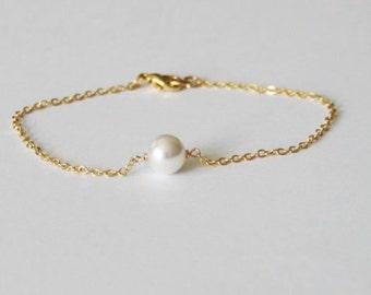 Pearl bracelet- Gold pearl bracelet- bridesmaid bracelet- Bridesmaid pearl bracelet- Rose Gold bracelet- Single pearl bracelet- Bridal
