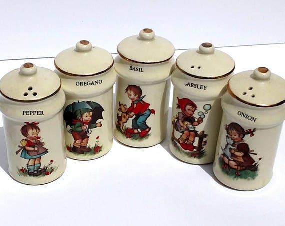 Vintage 1950's Spice Shaker Set by J.S.N.Y Japan - 5 pc set