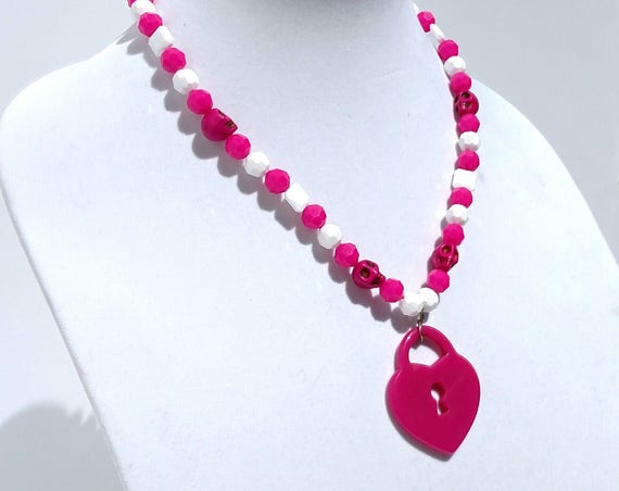 Skull Love Necklace