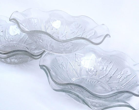 Vintage 1950's Pressed Glass Bowls by Jeanette in Iris and Herringbone - 9.5 inches - Set of 5